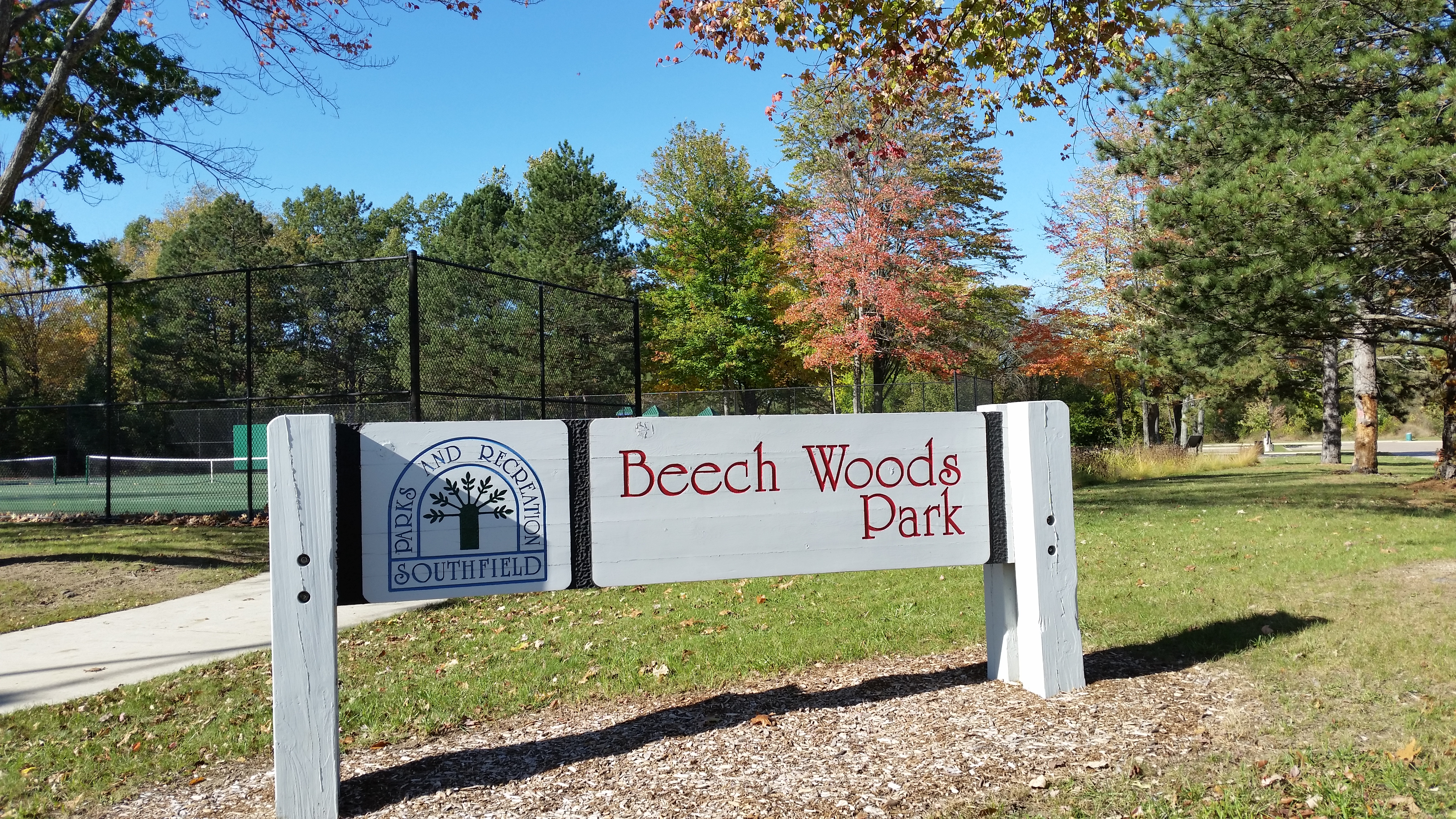 Beech Woods Park Sign